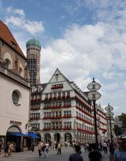 0208 1907 München Stachus 7