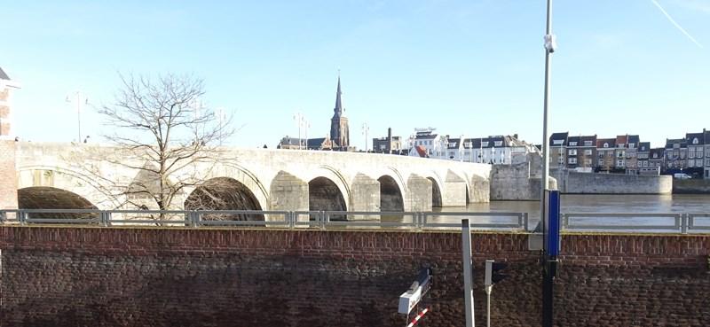 1912 Maastricht 107