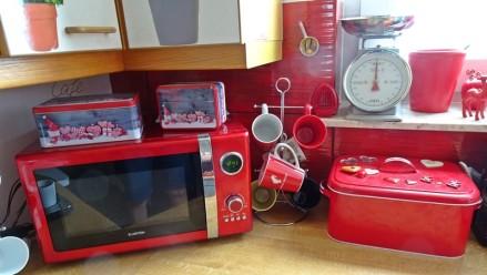 1107 Küche 56 rote Strecke