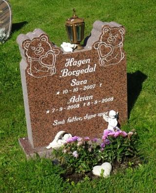 2009 Friedhof 1608 4